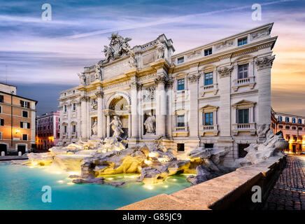 Fountain di Trevi in Rome, Italy - Stock Photo
