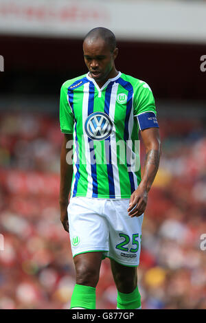 Soccer - 2015 Emirates Cup - VfL Wolfsburg v Villarreal - Emirates Stadium - Stock Photo