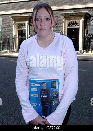 Iraq War Legal Action - 10 Downing Street - Stock Photo