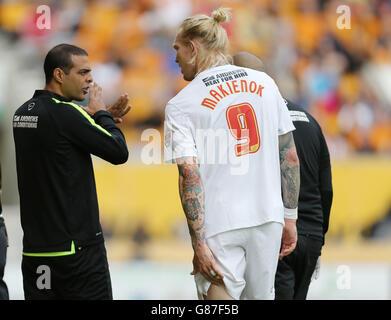Soccer - Sky Bet Championship - Wolverhampton Wanderers v Charlton Athletic - Molineux - Stock Photo