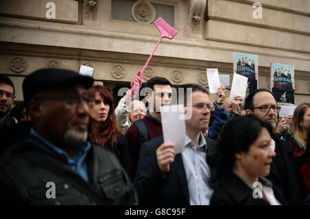 Living Wage protest - Stock Photo