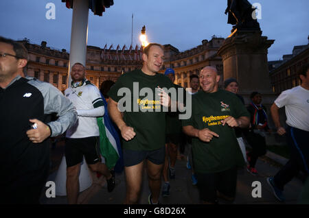 Rugby Union - 1995 South Africa World Cup Winning Team - Jog The Memory Run - Trafalgar Square - Stock Photo