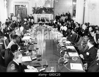 Politics - Commonwealth Prime Ministers' Conference - Marlborough House, London - Stock Photo