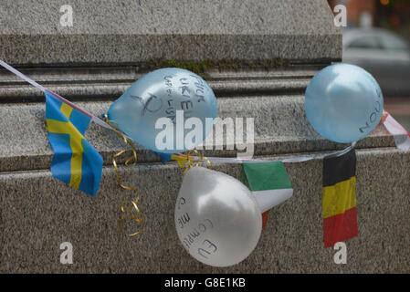 Manchester, UK. 28th June, 2016. Ballons various messages at the 'Undo Brexit' demonstrtation on June 28th, 2016, - Stock Photo
