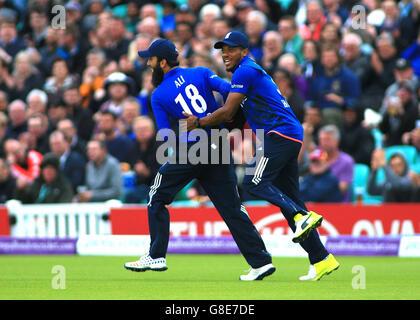 The Kia Oval, London, UK. 29th June, 2016. 4th Royal London One Day International. England versus Sri Lanka. England's - Stock Photo
