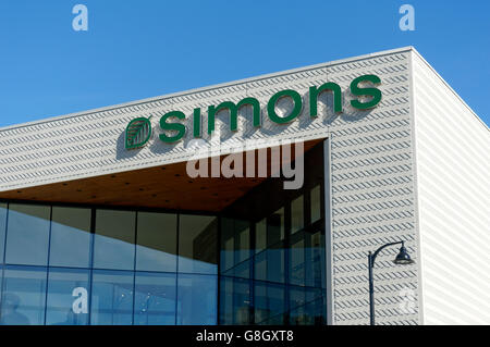 Simons clothing and home decor store in the Park Royal Shopping