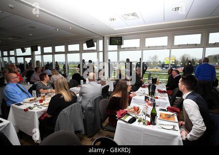 Gentlemen's and Kingmaker Chase Day - Warwick Racecourse - Stock Photo