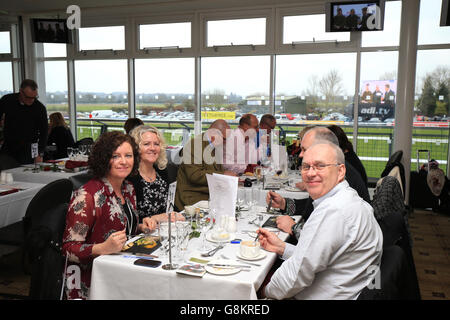 Gentlemen's and Kingmaker Chase Day - Warwick Racecourse - Stock Photo