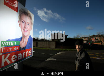 Fines for candidates campaigning before election called - Stock Photo