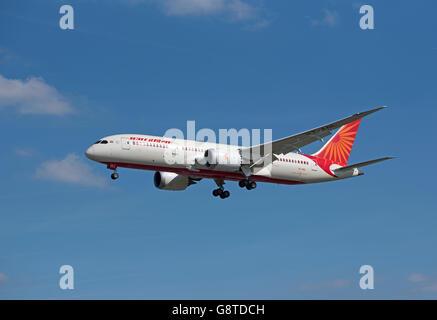 Air India Boeing 787-8 Dreamliner Registration VT-ANL.  SCO 10,492. - Stock Photo
