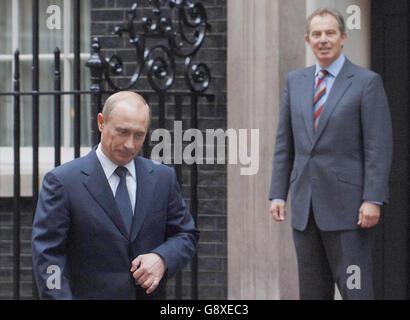 DEFENCE Putin - Stock Photo