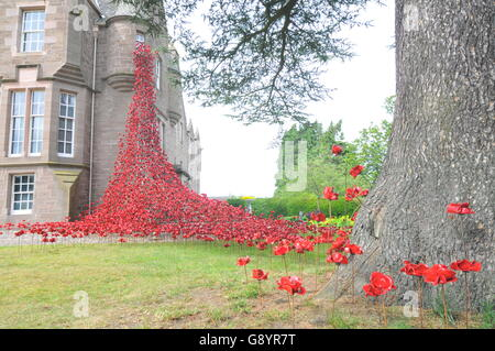 Perth, Scotland, UK. 30th June, 2016. Weeping Window by Paul Cummins (artist) and Tom Piper (designer) opened for - Stock Photo