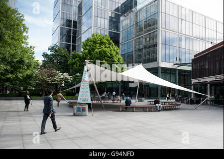 Lunch time in East London, Shoreditch - Stock Photo