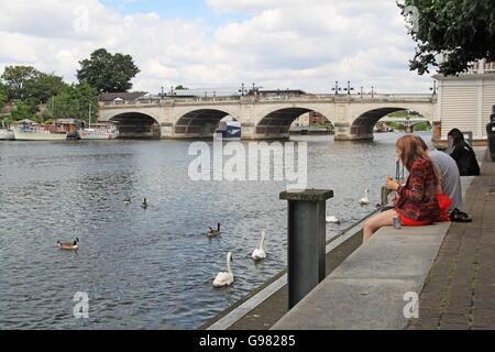 Kingston Bridge, Kingston upon Thames, London, England, Great Britain, United Kingdom, UK, Europe - Stock Photo