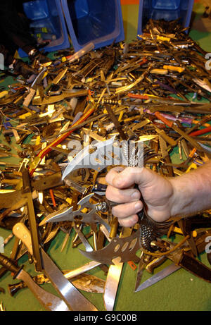 West Midlands Police show some of the 1,600 knives surrendered in the current knife amnesty. PRESS ASSOCIATION photo, - Stock Photo