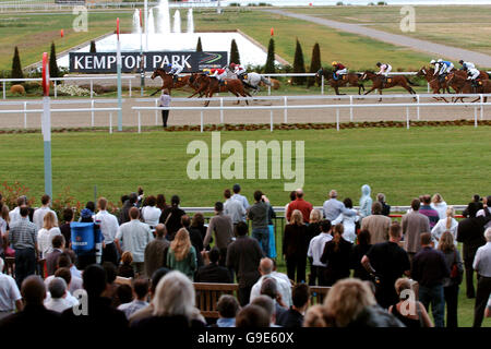 Horse Racing - Bollywood Night - Kempton Park Racecourse - Stock Photo
