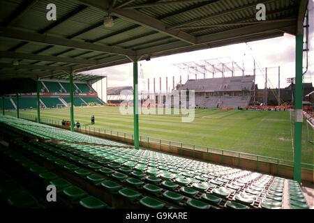 Scottish Soccer - Bank of Scotland Premier Division - Hibernian v Rangers - Stock Photo