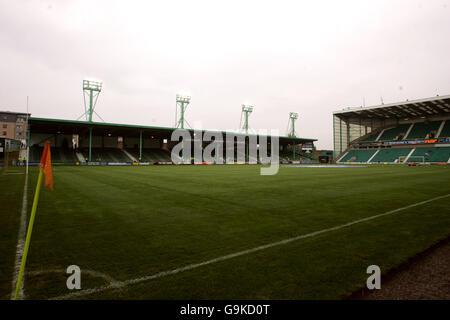 Soccer - Bank of Scotland Premier Division - Hibernian v Heart of Midlothian - Easter Road Stadium - Stock Photo