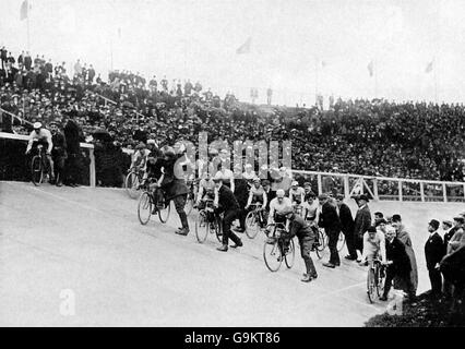 Cycling - London Olympic Games 1908 - 100km Track - Final - White City - Stock Photo