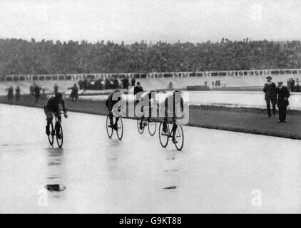 Cycling - London Olympic Games 1908 - 100km Track - White City - Stock Photo
