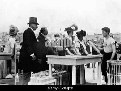 London Olympic Games 1908 - Prize-Giving Ceremony - White City - Stock Photo