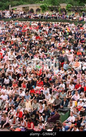 Tennis - Wimbledon Championships - Mens Semi Final - Stock Photo