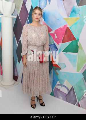 Paris, France. 4th July, 2016. Lady Kitty Spencer attends the presentation of Schiaparelli fall/winter 2016/2017 collection during the Paris Haute Couture fashion week, in Paris, France, 4 July 2016. Paris Haute Couture fashion shows run until July 06, 2016. Photo: Hendrik Ballhausen/dpa/Alamy Live News