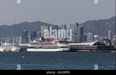 Kai Tak Cruise Terminal, cruise ships, Victoria Harbour, Kwun Tong District, East Kowloon, Hong Kong, China - Stock Photo