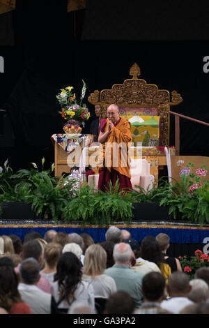 His Holiness the 14th Dalai Lama visits the University of Colorado in Boulder, Colorado - Stock Photo