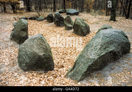 Passage grave Devil's Bed, built in the Neolithic Age - Stock Photo