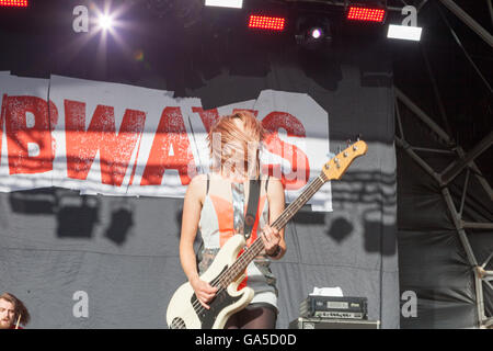 Coventry, West Midlands, UK. 2nd July, 2016. Herfordshire band The Subways perform on stage at Coventrys free festival - Stock Photo