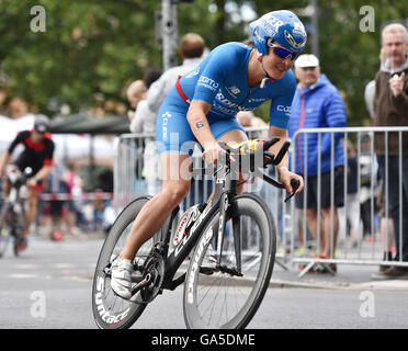 Frankfurt, Germany. 03rd July, 2016. Daniela Saemmler (Germany) in the cycle leg of the Ironman event in Frankfurt, - Stock Photo