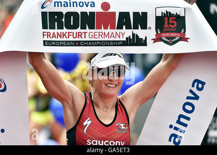Frankfurt, Germany. 03rd July, 2016. Winner of the of the Ironman event Melissa Hauschildt (Australia) at the finish - Stock Photo