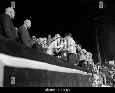Soccer - FA Cup Final - Wolverhampton Wanderers v Blackburn Rovers - Wembley - Stock Photo