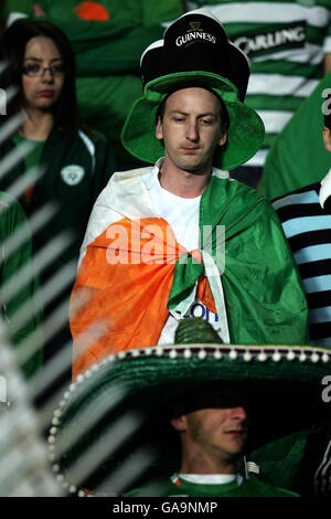 Soccer - UEFA Championship 2008 Qualifying - Group D - Czech Republic v Ireland - Sparta Prague Stadium - Stock Photo