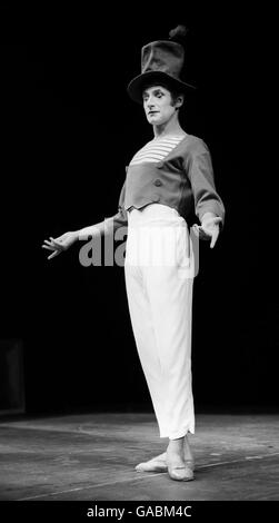 Marcel Marceau dies - Stock Photo