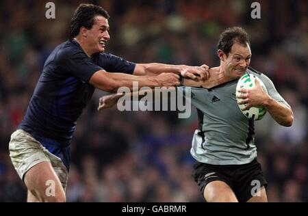 Rugby Union - IRB Rugby World Cup 2007 - Quarter Final - New Zealand v France - Millennium Stadium - Stock Photo