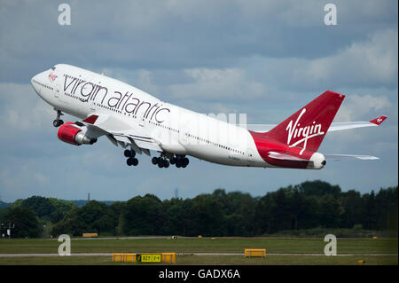 A Virgin Atlantic Boeing 747 Jumbo Jet takes off from Manchester International Airport (Editorial use only) - Stock Photo