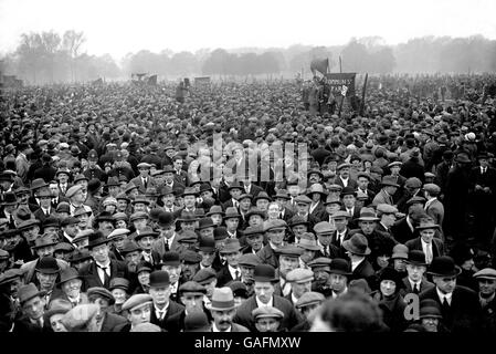 the general strike of 1926 in britain The massive 1926 general strike was a turning point in bringing about a   throughout the british and french colonies technical experts were.