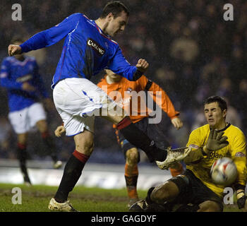 Soccer - Clydesdale Bank Scottish Premier League - Rangers v Dundee United - Ibrox Stadium - Stock Photo