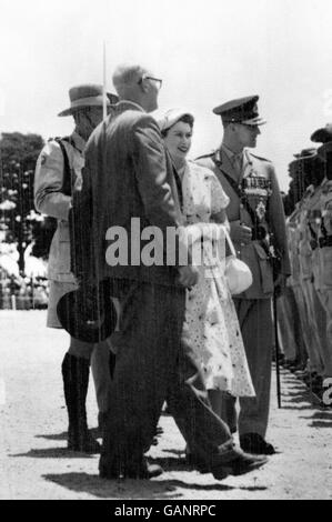 Royalty - The Queen in Africa - Royal Commonwealth Tour - Stock Photo