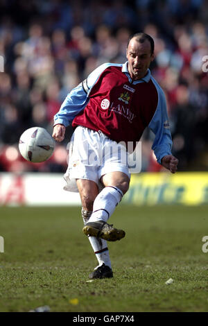 Soccer - AXA FA Cup - Quarter Final - Watford v Burnley - Stock Photo