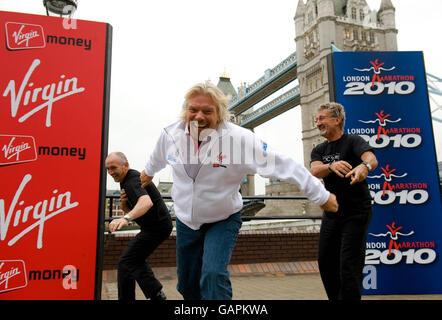 Athletics - Announcement Of The Future Sponsor Of The London Marathon - Tower Bridge - Stock Photo