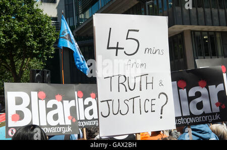 London UK.  6th July 2016 Protest at the UK Inquiry into Iraq War headed by Sir John Chilcot publishes its findings, - Stock Photo