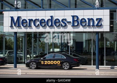 Mercedes benz dealership ontario canada stock photo for Mercedes benz ontario dealers