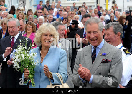 Prince of Wales and Duchess of Cornwall visit Cornwall - Stock Photo