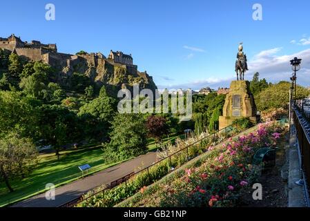 Edinburgh Castle is a historic fortress  on the Castle Rock. - Stock Photo