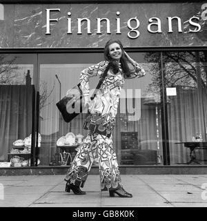 Fashion - Elgor - 1971 - Stock Photo