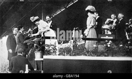 Athletics - London Olympic Games 1908 - Marathon - Stock Photo