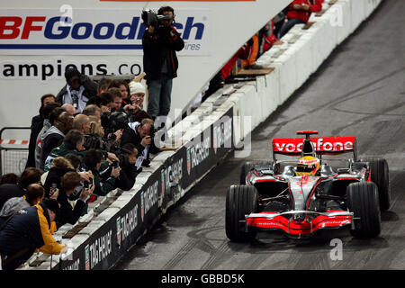 Motor Racing - Race of Champions - Wembley Stadium - Stock Photo